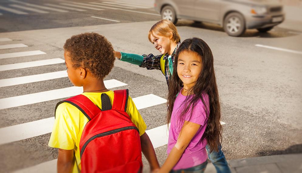 Sur le chemin de l'école : #SaveKidsLive, sauvez les enfants
